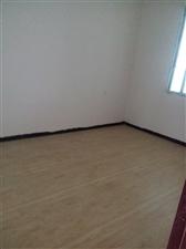 花离街上7室3厅4卫15万元