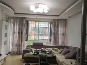 阳光花园3室2厅2卫1150元/月
