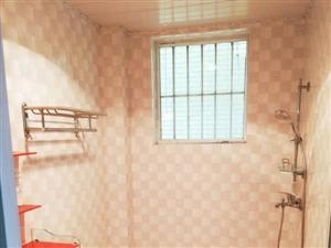 枫香庭3室2厅2卫74万元