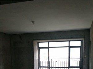 宝龙,178平方,200万,中层,视野开阔,3阳台