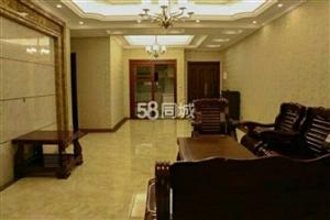 国酒新城二期3室2厅2卫3200元/月