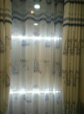 本人有全新成品窗帘处理50-120元一付。面料是棉麻的