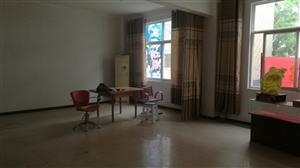 万福小区5室2厅2卫3100元/月