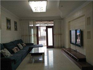 街心花园滨河新天地3室2厅1卫66.8万元