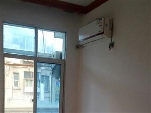 枝江市省化生活区2室1厅1卫600元/月