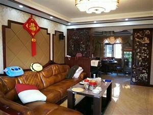 嘉华城142平米4室豪装关门卖128万元