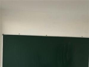 补习班的桌子柜子,沙发,灭火器,黑板等低价处理,欢迎来电