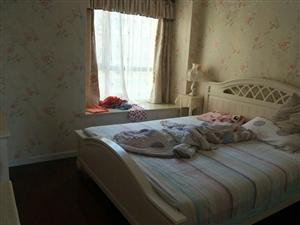 中城国际社区3室2厅2卫2500元/月