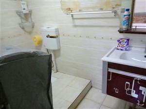 泉倾天下一期1室1厅1卫1150元/月