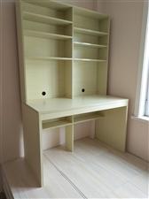 全新电脑桌出售,新房装修因尺寸不合适,现将全新未使用电脑桌出售,枫色,长120厘米,宽60厘米,...