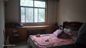 万基小区2室2厅1卫900元/月