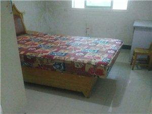 紫江花园3室2厅1卫14500元/月