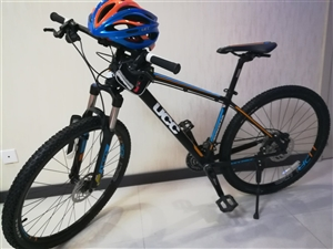 ucc山地车进击者2.0 原价四千 配置自己百度 懂得人自然会懂 送价值238穿越头盔一个还有自行车...