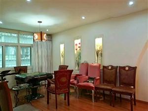 佳慧旁楼中楼227平米豪装关门卖128.6万元