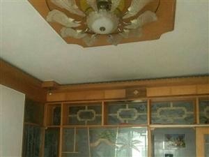 紫江花园3室2厅1卫1130元/月