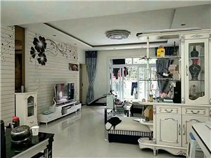 领秀江山107平米3室精装54.8万元