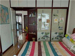 龙禧苑小区3室2厅1卫75万元