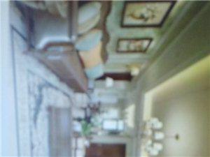 鼎盛国际4室3厅2卫70万元