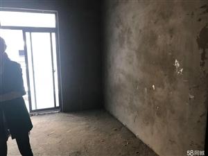 长阳清江市场小区3室2厅2卫27万元