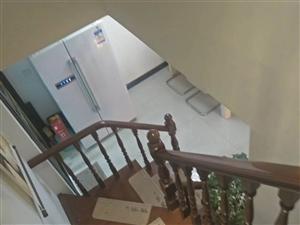 天际上城3室2厅2卫78万元