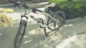 喜德盛山地自行车,新买的两个月,成色97前后刹都好,车身白加黑色,户外上班骑着轻松,