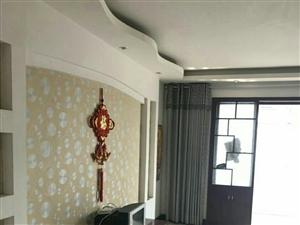 城垣新区电梯房中装三室两厅拎包入住1600元