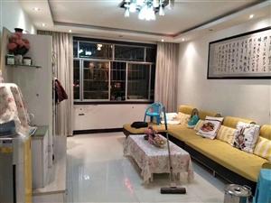 开阳县紫江花园老干区3室2厅1卫46.8万元
