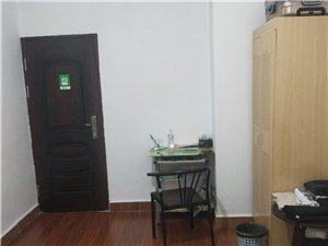 万达旁边下洲花园1室0厅1卫650元/月