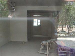 鑫源路门头房, 上下两层,水电暖燃气齐全
