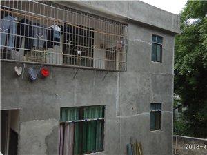 龙腾新村单间、带厨卫二居室等房源招租。租金面议。