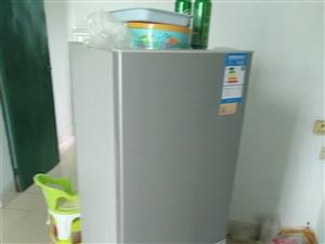 一级能耗,海尔9成新冰箱!700元!
