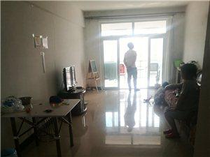 欧陆豪景2室1厅1卫20万元