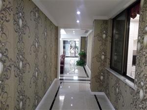 中铁仁禾广场豪华装修3室2厅2卫140万元