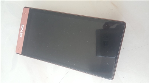 金立w909個人一手手機,絕對原裝保真聯系電話18147512331