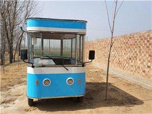餐车转让:车身是3米乘1米6,不锈钢车身,加大轮胎。五块160号的大电瓶。使用三个月,买时一万六,现...