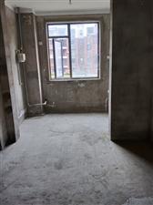 出售京辉小区3层,共计11层,电梯房,127.7平方,毛坯,急售,60万,产证齐全!