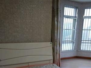 四海花园3室2厅2卫120万元