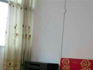 利民路1室1厅1卫450元/月