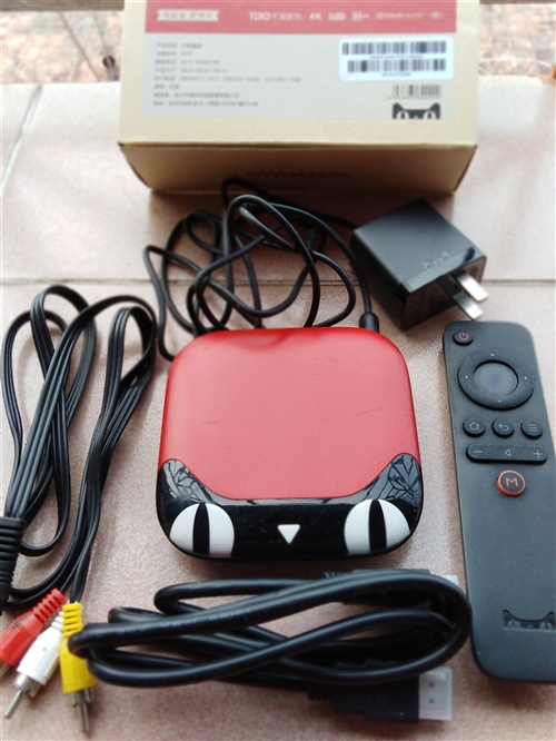 天猫魔盒,高清4k,电脑无线网络与电视机连网。价格面议。13559638176