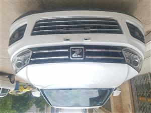 众泰T600  1.5T手动带全景天窗