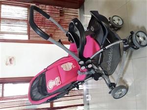可坐可躺双向推行婴儿车,可当摇篮,8成新。
