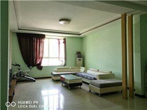 新禹小区3室2厅2卫2000元/月