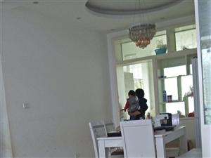商业城3室2厅2卫66.8万元