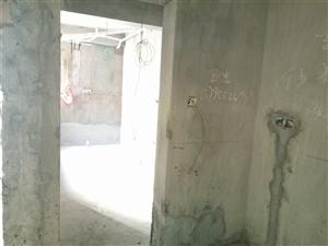 中铁仁禾广场3室2厅2卫83.8万元