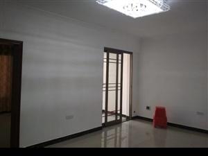 新装修学区房拎包入住城峰国际2室1厅1卫35万元
