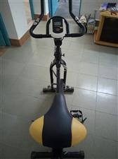 利泰动感单车,家用超静音室内脚踏健身器材,黑色。