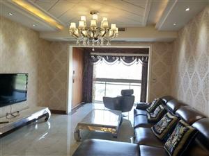 五岳广场精装3室带车位卖76.8万元