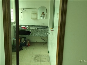 银岭路3室2厅1卫2500元/月