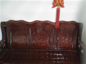 木凉椅,8成新,房子放不下想卖掉。
