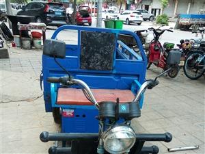 出售力超牌电动三轮车,车厢长一米五宽一米,电池良好行程六十里